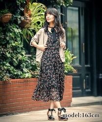 Choker ribbon floral dress(Black-Free)