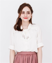 【2Buy20%OFF】Flower Embroidery Bowtie Short Sleeve Blouse