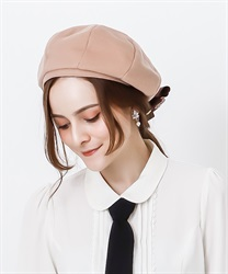 Corsage with beret