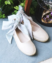 Espadrilles with ribbon