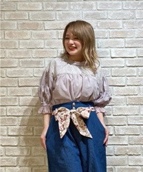 Gathering volume sleeve blouse