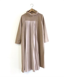 Total ashime pleated dress(Beige-Free)