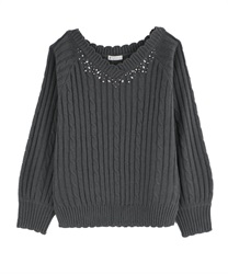 V-Neck Knit with Pearl and Beads Decoration