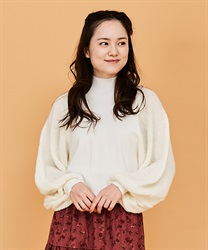 Volume sleeve knit pullover(White-Free)