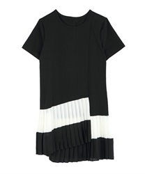 Pleated T-shirt Dress(Black-Free)