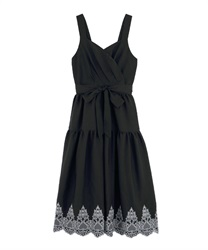 Hem Embroidered Dress(Black-Free)