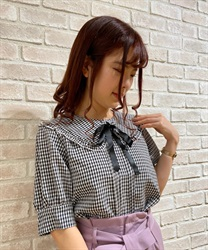 Checkered frills blouse