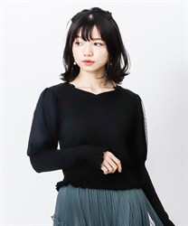 Heart neck bubble sleeve knit pullover(Black-Free)