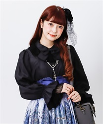 Priere frilled blouse(Black-Free)