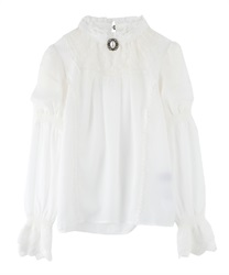 Blouse with pearl brooch(Ecru-Free)