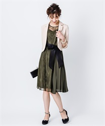 Pleated switching Lace dress