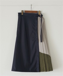 【2Buy10%OFF】Leather×color scheme pleated flare skirt(Khaki-Free)