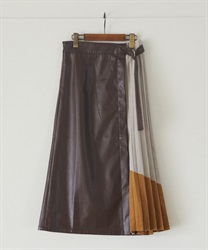 【2Buy10%OFF】Leather×color scheme pleated flare skirt(Brown-Free)