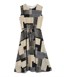 Geometric Pattern Maxi Dress(Beige-Free)