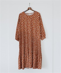 Dotted Asymptote Pleated Dress(Orange-Free)