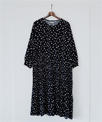 Dotted Asymptote Pleated Dress(Black-Free)