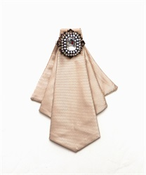 【2Buy20%OFF】Thai Style Brooch with Pin(Beige-M)