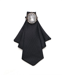 【2Buy20%OFF】Thai Style Brooch with Pin(Black-M)