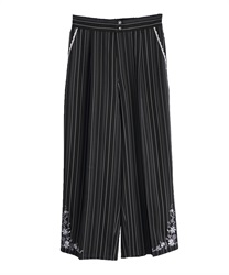 Stripe wide pant in embroidery design(Black-Free)
