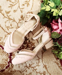 Embroidery separate color pumps(Pale pink-S)